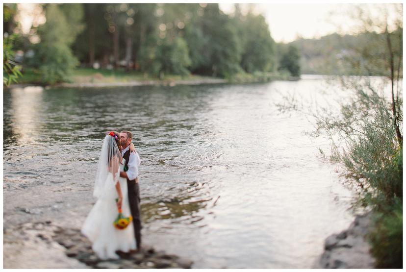Jake and Elise   Southern Oregon Wedding Photography