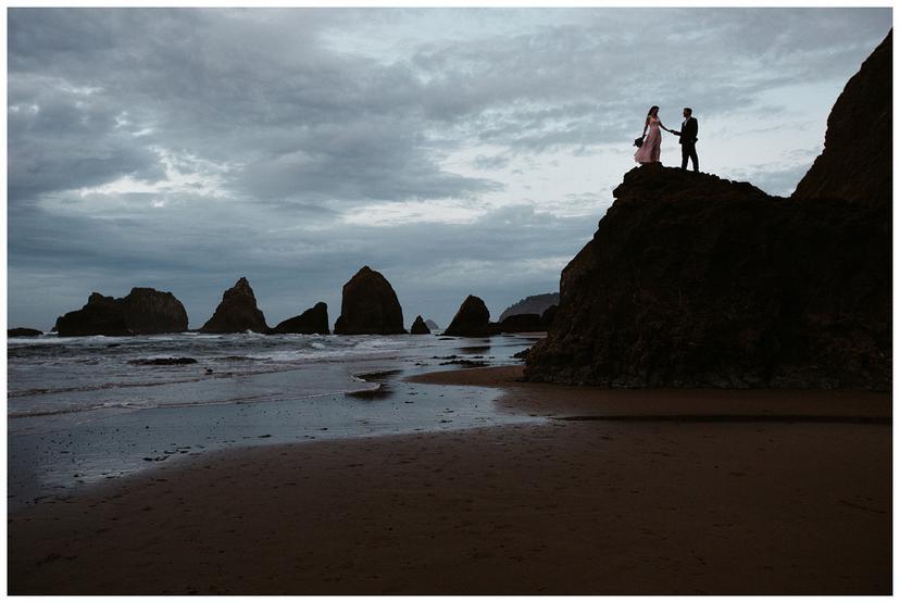 Michelle and Stephen | Oregon Coast Engagement Photos