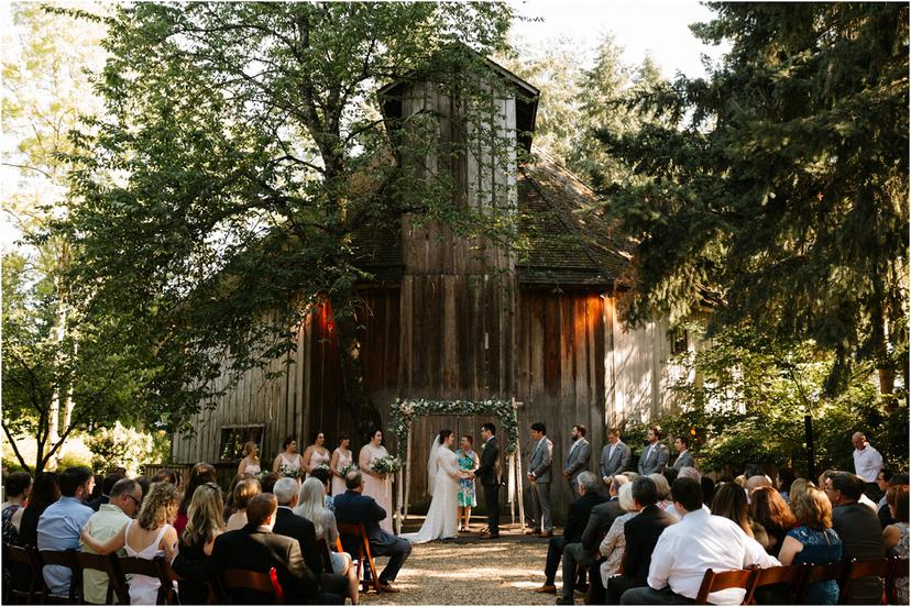 McMenamins Cornelius Pass Roadhouse Wedding in the Octagonal Barn | Samantha and Kevin
